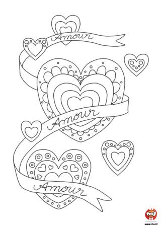 Qu'ils sont jolis ces décorations coeurs ! Imprime les vite sur TFou.fr et offre le à l'élu(e) de ton coeur.