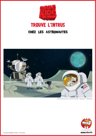 Joue avec les Chronokids ! Marvin et Adèle utilisent leur chronophone pour voyager dans le temps ! Cette fois ils vont dans l'espace ! Trouve l'intrus dans le dessin, c'est un objet qui ne devrait pas se trouver à cet endroit ! Imprime gratuitement l'activité sur TFou.fr et amuse-toi à trouver l'intrus avec tes copains !