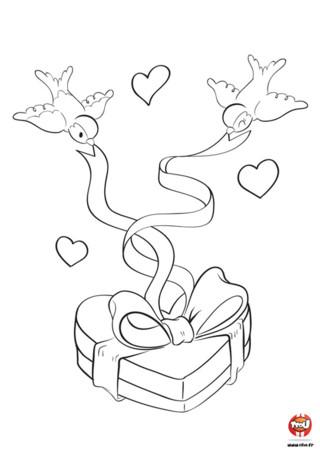 Tu as un amoureux ou une amoureuse et tu souhaites lui offrir un cadeau pour la Saint-Valentin ? Imprime vite ce coloriage gratuit pour enfant sur TFou.fr. Si tu y mets de jolies couleurs, tu pourras faire un heureux. L'élu de ton coeur pourra l'accrocher dans sa chambre pour avoir toujours un souvenir de toi. Dans ce coloriage, colorie les jolis petits oiseaux qui tirent le ruban entourant ce cadeau en forme de coeur.