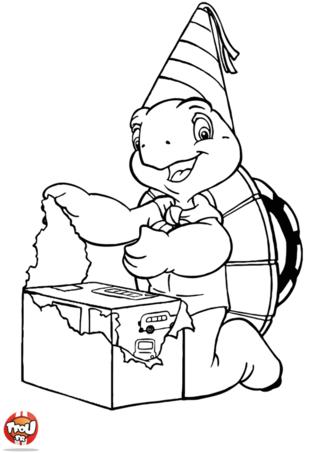 Coloriage: Franklin ouvre un cadeau