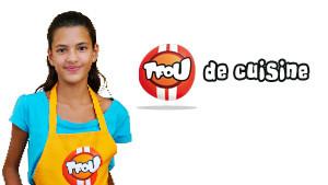 Tu aimes cuisiner ? Tu aimeras TFou de Cuisine ! L'émission cuisine pour enfants. Découvre les fruits et légumes de saison, apprends à cusiner avec Carla et Grégoire et imprime des recettes.