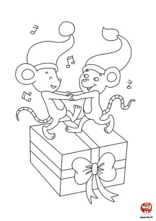 Coloriage : Les deux amis souris sont très contentes de voir arriver les fêtes de Noël. Elles dansent et chantent en préparant les cadeaux. Colorie ce dessin sur TFou.fr.